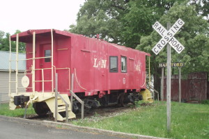 The L&N Caboose even has a mail hook to grab mail bags as it passes by.